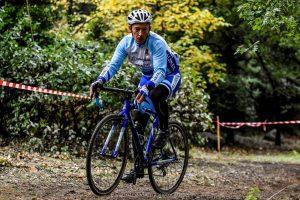 PREMIER CYCLO-CROSS POUR FRANCIS